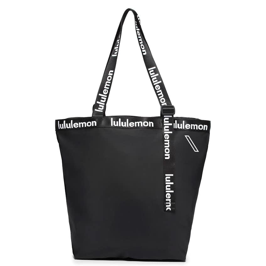 x TRENDYGOLF The Rest Is Written Tote Black - 2021